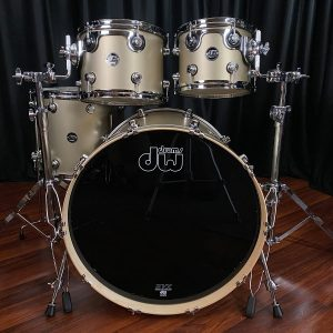Drum Workshop Performance Maple Gold Mist Lacquer