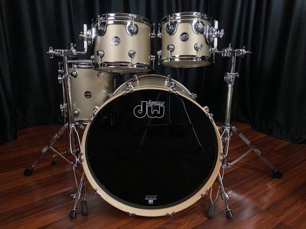 Drum Workshop Performance Maple Gold Mist Lacquer
