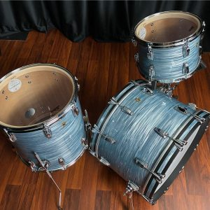 Ludwig legacy classic blue oyster top right