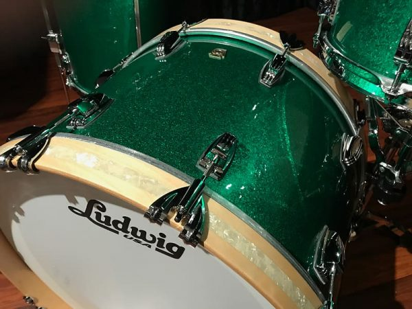 Ludwig classic maple green sparkle fab bass tom